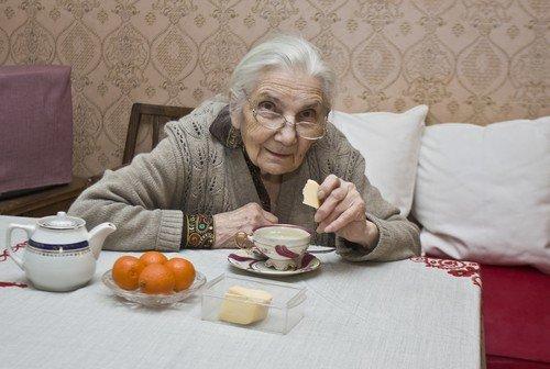 Помогала бабушке-старушке, а она обвинила меня в краже и написала заявление в полицию