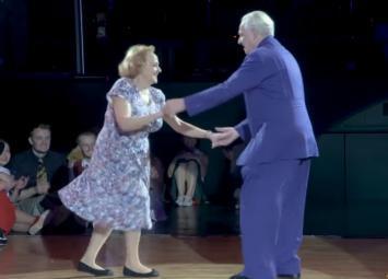Этим пожилым людям завидует молодёжь-аплодируют стоя