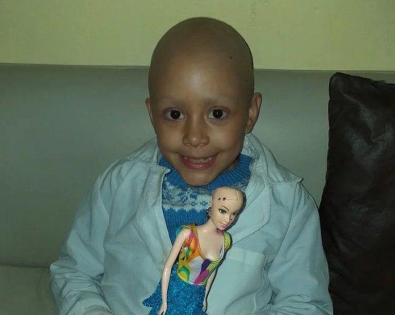 Ей только 8, но она уже пережила 52 химиотерапии — и победила рак
