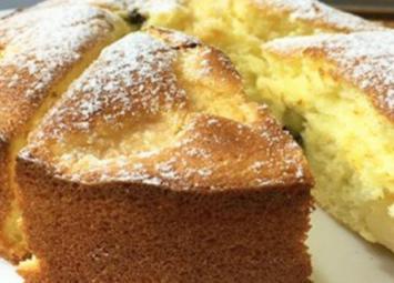 Вкусный и простой в приготовлении бисквитный пирог