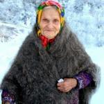 Сын отправил мать зимовать на дачу, чтобы она свежим воздухом там больше дышала