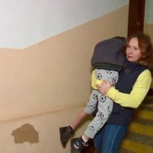 Муж выгнал соседку с маленьким ребенком в 2 часа ночи.Я пустила…